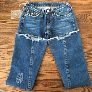 NWT TRUE RELIGION FLARE JEANS